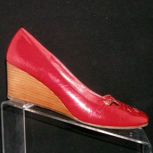 Steve Madden Parle 2 red leather cut out wedges 9M